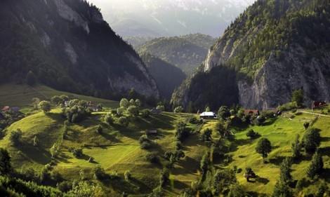 10 cung đường tuyệt đẹp để hòa mình vào thiên nhiên yên tĩnh