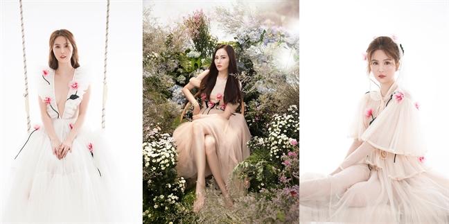 Ngoc Trinh, Dieu Linh lang xe mot vay voan hoa hong 3D