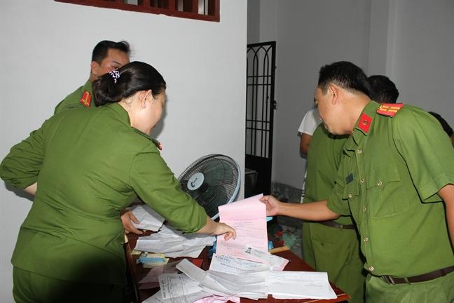 Bat cac doi tuong cho vay nang lai cam dao chong doi luc luong chuc nang