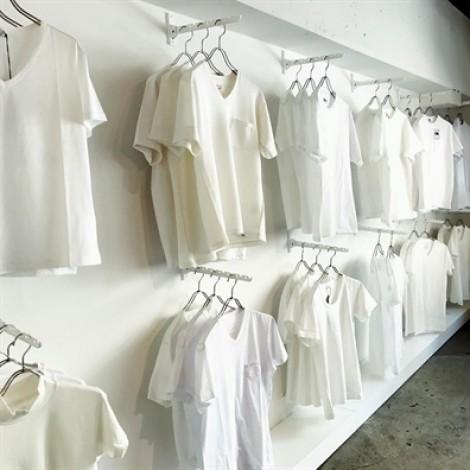 Vì sao giới trẻ Nhật thích check-in tại cửa hàng áo thun trắng 'chảnh' nhất thế giới?