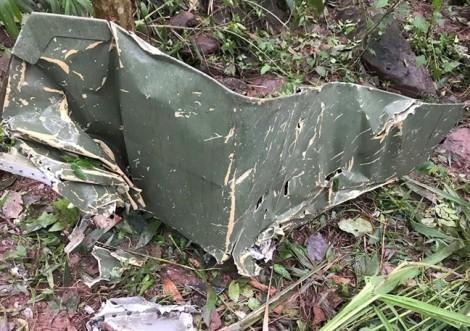 Thi thể hai phi công Su-22 được đưa về nhà tang lễ Quân khu 4
