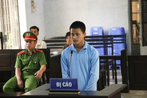 Hai thanh niên lãnh án vì vướng lưới tình với bé gái 12 tuổi