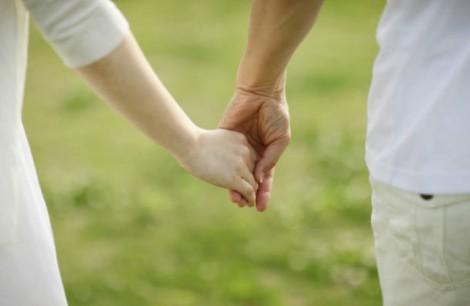 Khoảng cách giữa người chồng tốt và xấu phải chăng chỉ một gang tay?