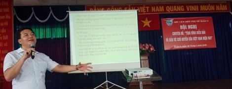 Quận 6: Hội viên, phụ nữ nghe nói chuyện thời sự về tình hình biển đảo