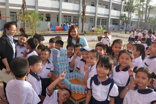 Sua Co Gai Ha Lan tai khoi dong Chuong trinh giao duc va phat trien the luc nam hoc 2018-2019