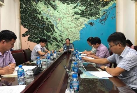 Họp khẩn ứng phó với lũ đang lên nhanh ở Đồng bằng sông Cửu Long