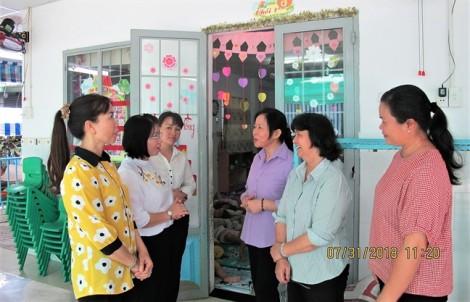 Hội LHPN TP.HCM thăm chức sắc tôn giáo, nữ tu tại các Dòng tu Thiên Chúa giáo
