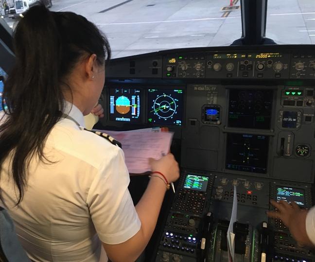 Jetstar Pacific co nu co truong nguoi Viet dau tien
