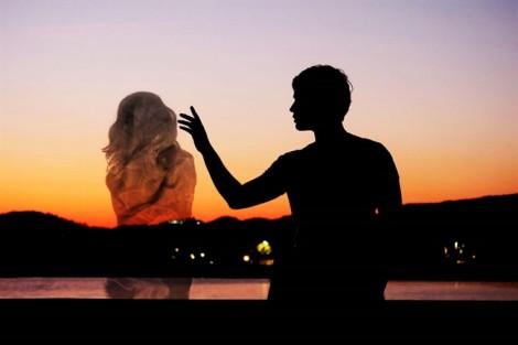 Cố gồng cho bằng vợ