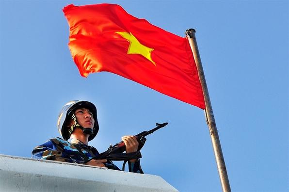 Trien lam anh nhan ky niem chien thang tran dau cua Hai quan Viet Nam