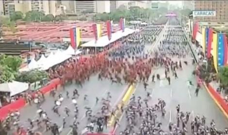 Nổ lớn tại buổi lễ có mặt Tổng thống Venezuela Nicolas Maduro