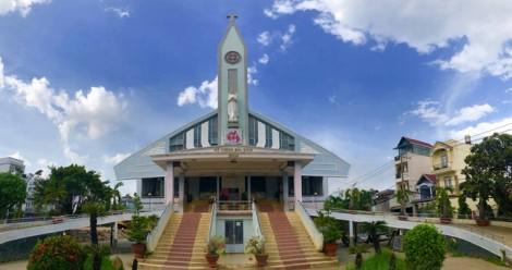Nhà thờ 5.500 tấn ở Gò Vấp được nâng 2 mét để 'chạy lụt'
