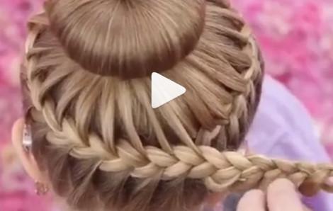 Tết tóc xinh đơn giản mẹ có con gái nên biết