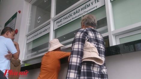 Bệnh viện hết thuốc điều trị ung thư, bệnh nhân mua thuốc Trung Quốc cầm cự