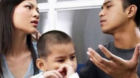 Cấp dưỡng nuôi con: Tiếng lòng xót xa của các mẹ đơn thân trong các hội kín