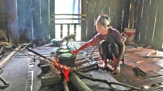Nhiều người bỗng dưng nhiễm HIV ở tỉnh Phú Thọ: Những câu hỏi nhức nhối từ Kim Thượng