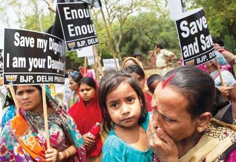Ấn Độ: Tử hình tội phạm hiếp dâm trẻ dưới 12 tuổi