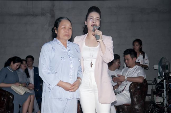 Nhat Kim Anh danh hon 200 trieu dong lam tu thien nhan dip sinh nhat