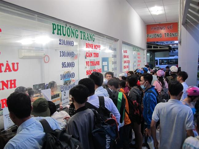 Le quoc khanh 2/9, gia ve xe khach khong tang qua 40%