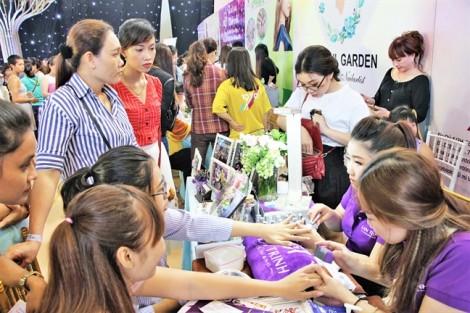 Ngày hội tôn vinh  nghề nails