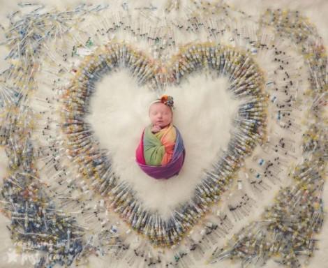 Bảy lần tạo phôi, 3 lần sảy thai và 1.616 mũi tiêm để tạo ra 'em bé cầu vồng'