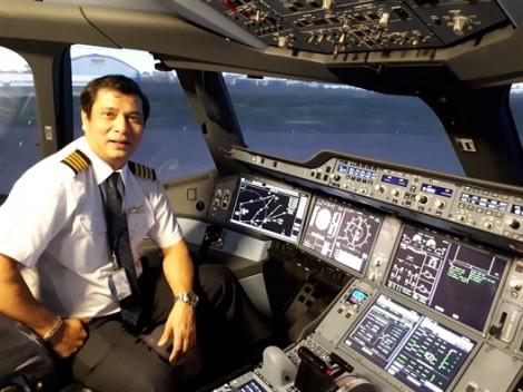 Vietnam Airlines khai trương thêm hai tổ hợp buồng lái mô phỏng máy bay