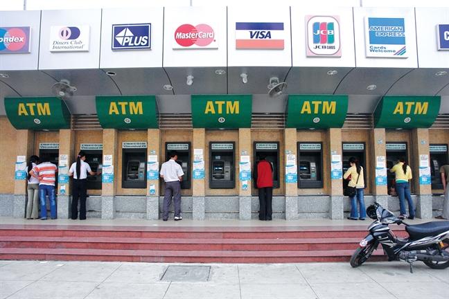 Bao dong - Thu doan danh cap tien tu the ATM ngay cang duoc 'nang cap'