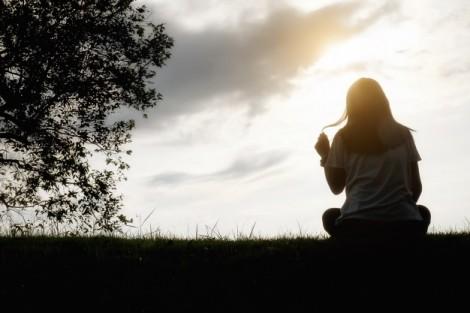 Trầm cảm sau sinh vì mẹ chồng nói 'phải đẻ đứa nữa'