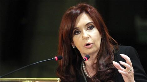 Cảnh sát Argentina khám xét nơi ở của cựu Tổng thống Fernandez