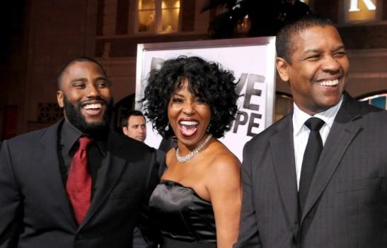 Con trai tai tu Denzel Washington thay bo 'lay long' me tren truyen hinh