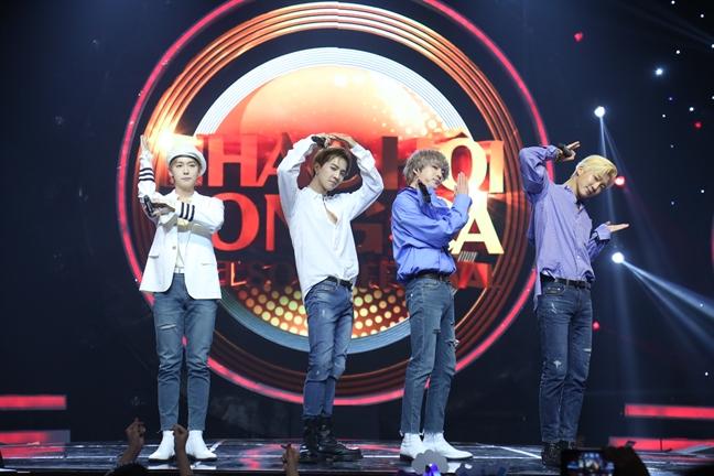 Nhom Winner va bai hoc lay long fan cua sao K-pop