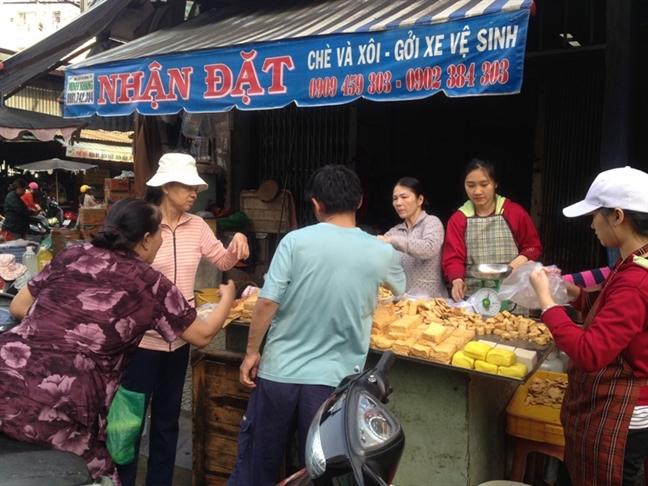 Thang Vu lan, can than thuc pham chay troi noi