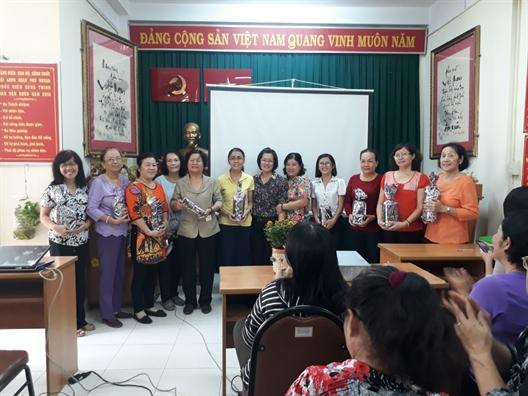 Quan Phu Nhuan: De phu nu tham gia giai quyet mot so van de xa hoi