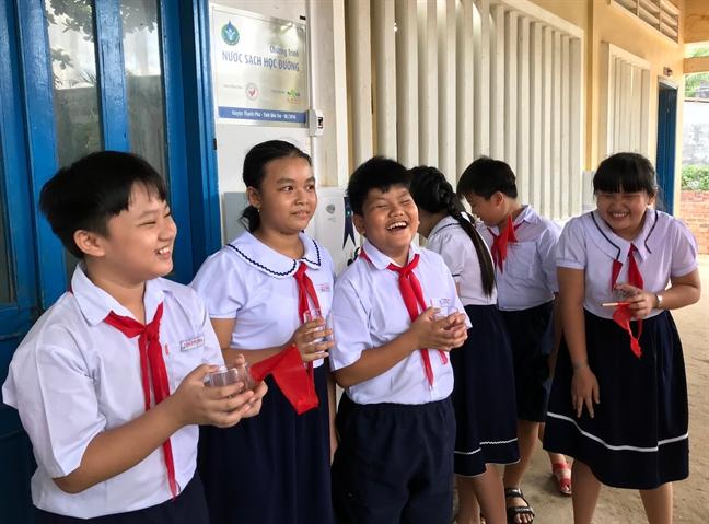 Giai bai toan kho nuoc sach hoc duong tai huyen Thanh Phu, tinh Ben Tre