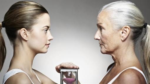Mỹ phẩm có giúp bạn chống già?