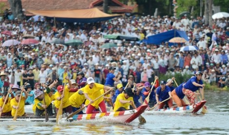 Sông Hương tưng bừng ngày hội đua ghe mừng Quốc khánh