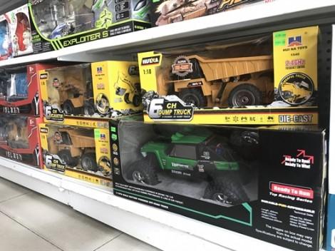 Khi đồ chơi trẻ em toàn hàng Trung Quốc, chọn mua sao cho an toàn?