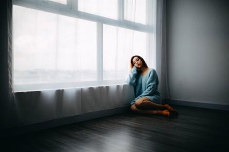 Vì ích kỷ, chồng không muốn 'buông tha' để tôi tìm hạnh phúc mới