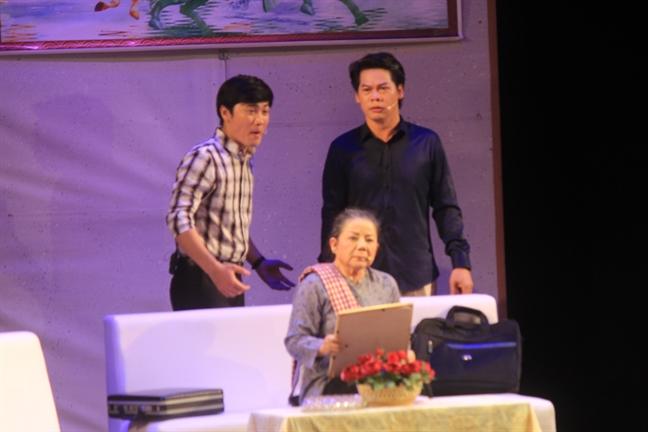 Chuong vang ngan nga o lien hoan cai luong