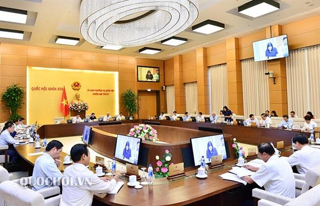 Xin y kien Bo Chinh tri phuong an xu ly tai san khong ro nguon goc