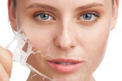 7 sữa rửa mặt cho da nhạy cảm, giá bình dân được chuyên gia khuyên dùng