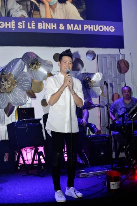 Đồng bào hải ngoại quyên góp hơn 400 triệu, hỗ trợ nghệ sĩ Lê Bình và Mai Phương