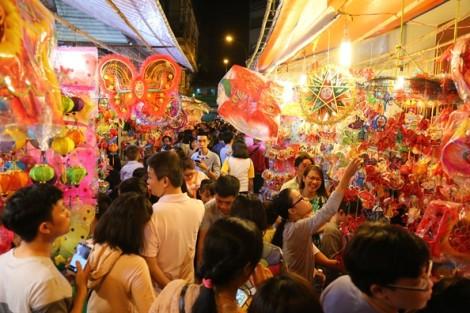 Phố lồng đèn Sài Gòn rực rỡ trước tết Trung thu