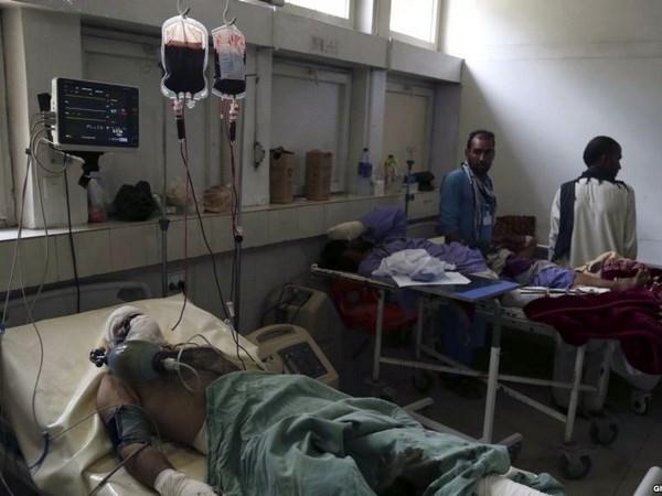 Hon 230 nguoi thuong vong vi danh bom lieu chet tai Afghanistan
