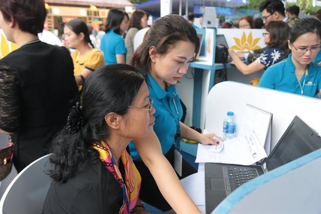 Vietnam Airlines mo rong dich vu dat phong khach san tren website