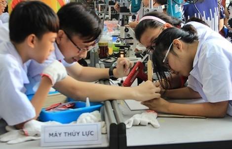TP.HCM đồng ý miễn học phí cho học sinh THCS