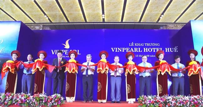 Khai truong 4 khach san 5 sao Vinpearl tai Hue, Quang Binh, Thanh Hoa, Lang Son