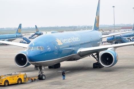 Vietnam Airlines dung mot so chuyen bay do anh huong cua bao so 6