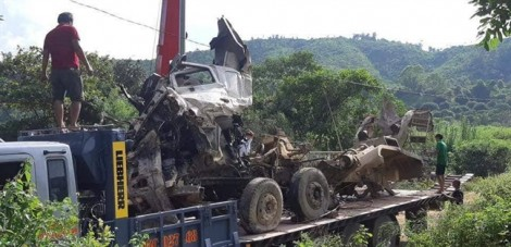 Xác định danh tính 16 nạn nhân thương vong trong vụ xe bồn đâm xe khách