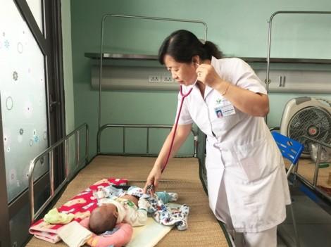 Trẻ nhiễm vi-rút  hợp bào hô hấp gia tăng đột biến